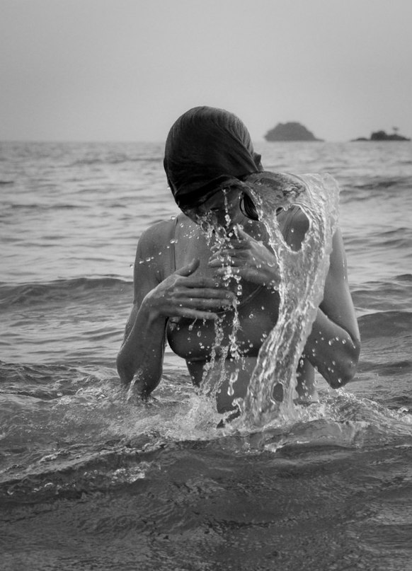 dance in water